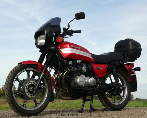 1993 Kawasaki GT550 ready to ride, very good condition. SOLD (picture 2 of 6)