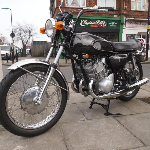 1969  Kawasaki H1 500. RESERVED FOR MICHEL IN FR. SOLD (picture 1 of 6)
