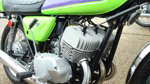 Kawasaki H1-D 500 TRIPLE 1973-M **2949 MILES** SOLD (picture 3 of 6)