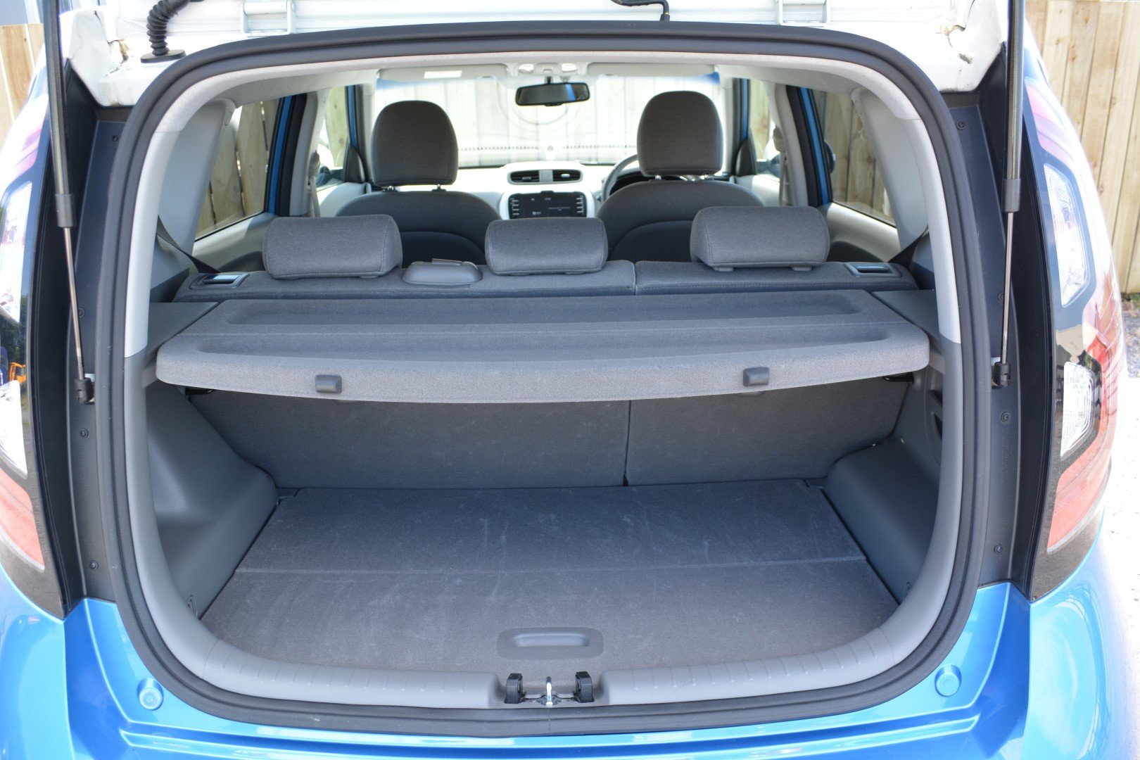 2018 Kia Soul EV Fully Electric - Practical Space - Great Range For Sale (picture 5 of 6)