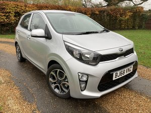 Kia Picanto 3 1.25 5 Door. Only 450 Miles