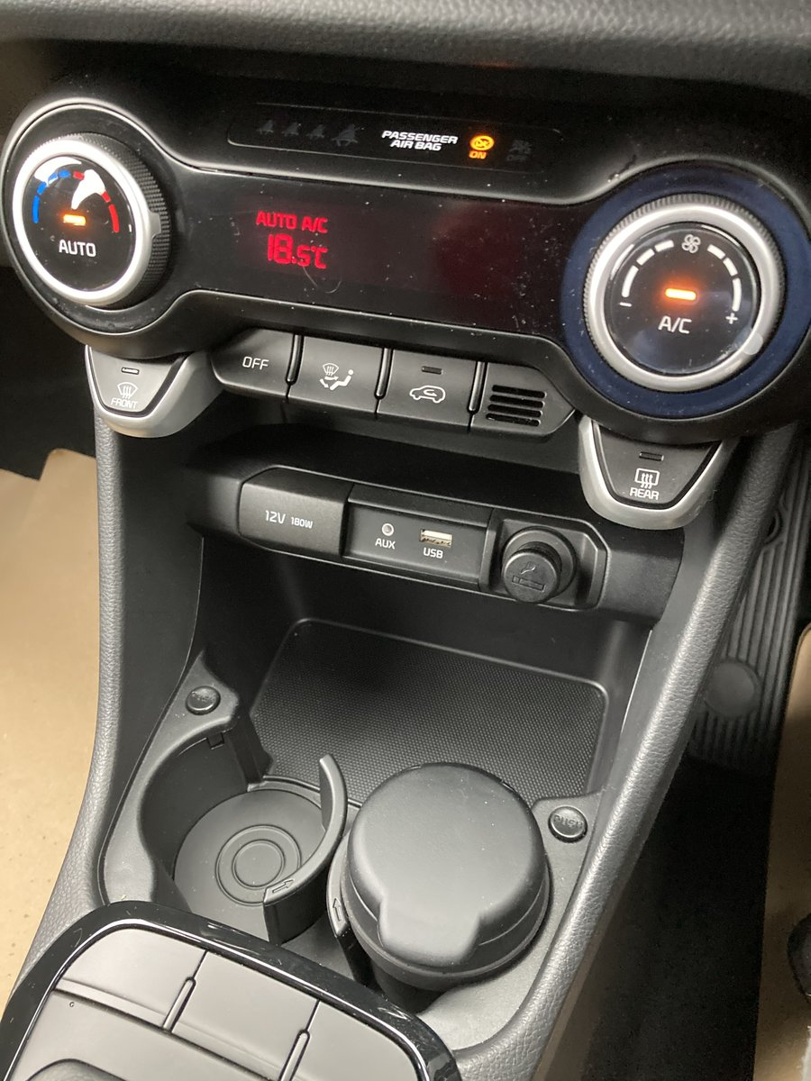 2018 Kia Picanto 3 1.25 5 Door. Only 450 Miles For Sale (picture 9 of 12)