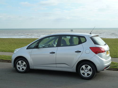 2011 VENGA 1.4CRDi DIESEL EcoDynamics £30 TAX VERY ECONOMICAL For Sale (picture 2 of 6)