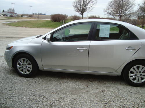 2011 KIA Forte 4DR Sedan For Sale (picture 2 of 6)