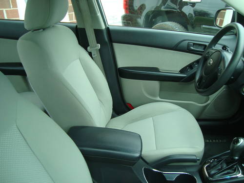 2011 KIA Forte 4DR Sedan For Sale (picture 5 of 6)