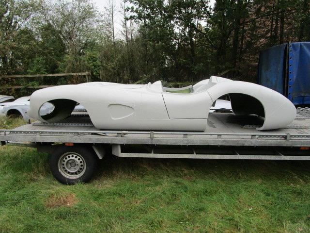 1957 DBR1 body in fiberglass  For Sale (picture 5 of 6)