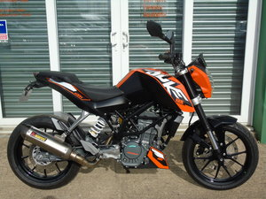 KTM Duke 125cc ABS 1 Owner From New Only 500 Miles