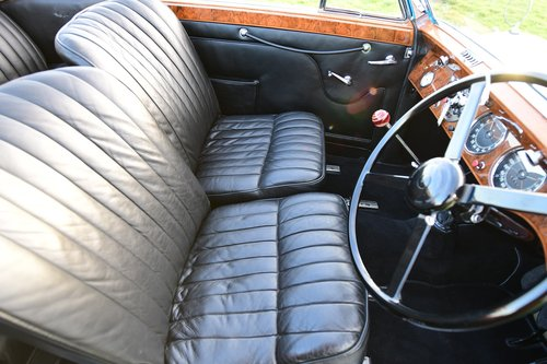 1939 Lagonda V-12 Drophead Coupé For Sale (picture 4 of 6)