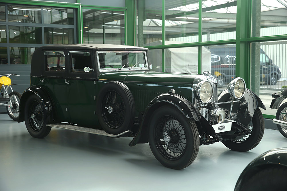 1930 Lagonda 3L Saloon For Sale (picture 2 of 6)