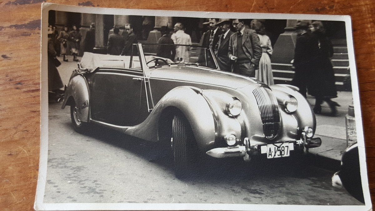 1950 Purchased for current owner's mother from Sydney Motor Show For Sale (picture 2 of 2)