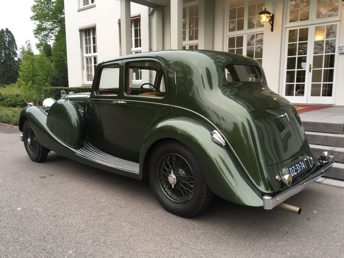 1937 Lagonda LG45 Saloon For Sale (picture 3 of 6)