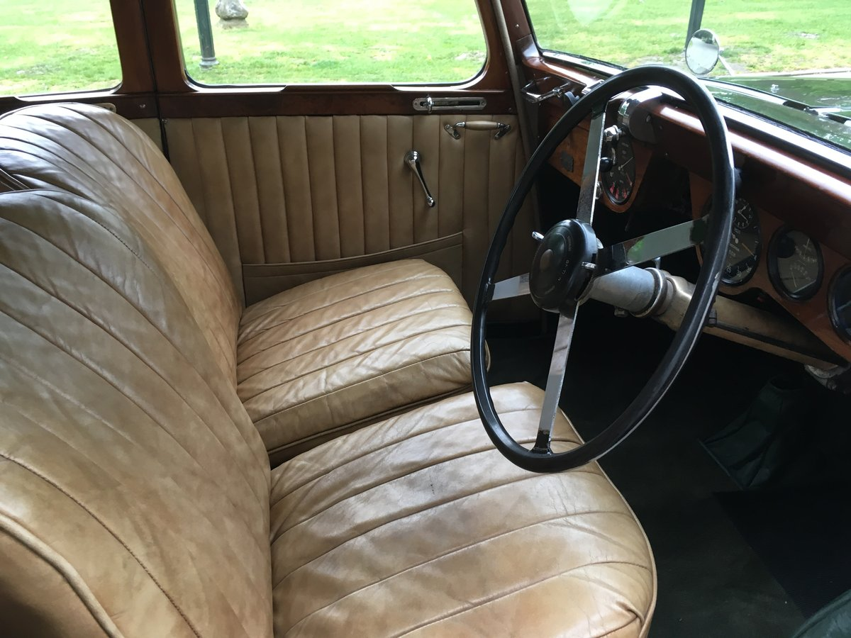 1937 Lagonda LG45 Saloon For Sale (picture 5 of 6)