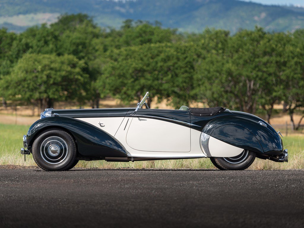1938 Lagonda V-12 Rapide Drophead Coupe  For Sale by Auction (picture 5 of 6)