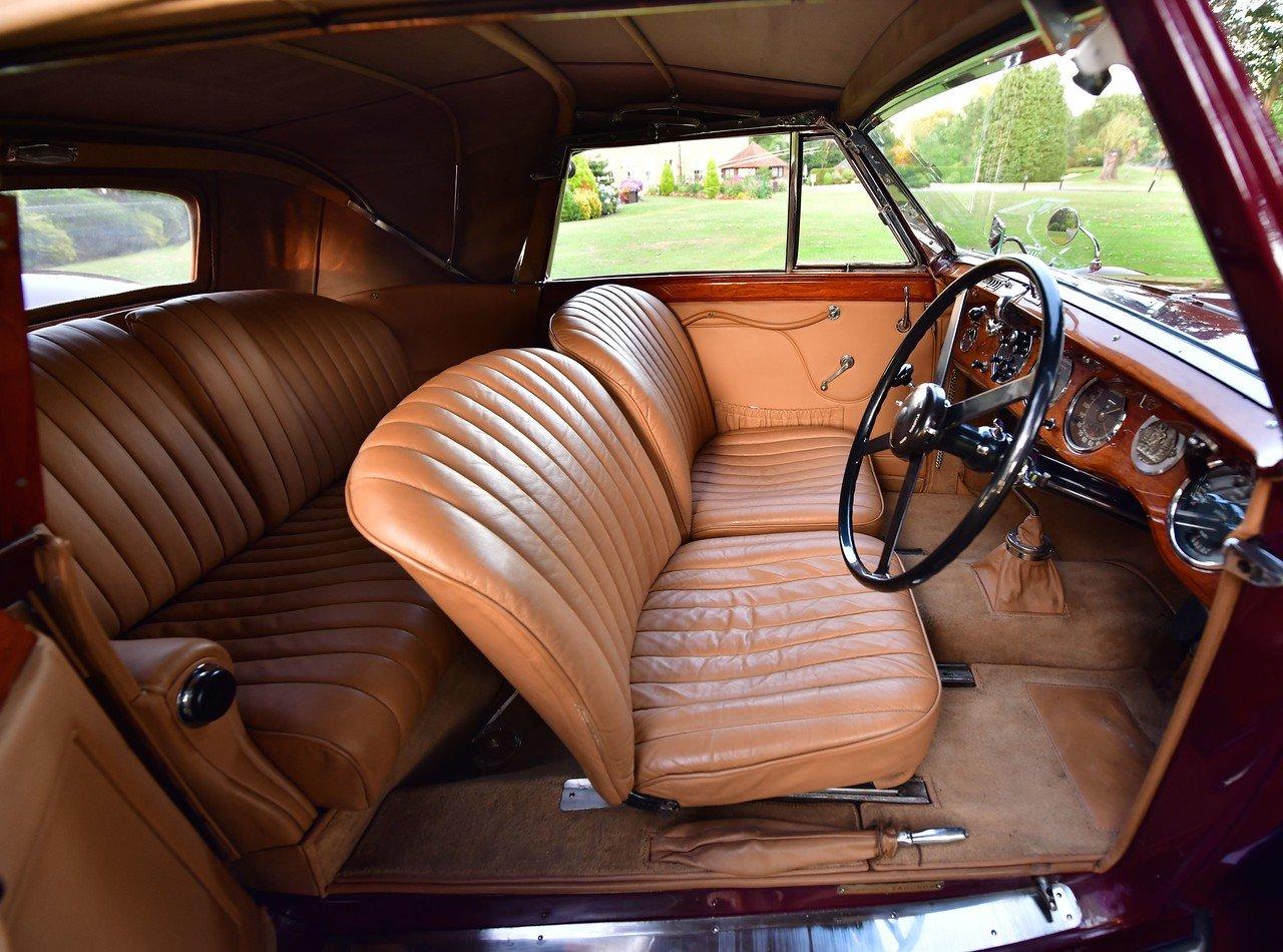 1938 Lagonda LG6 Drophead Coupé DHC SOLD (picture 4 of 6)