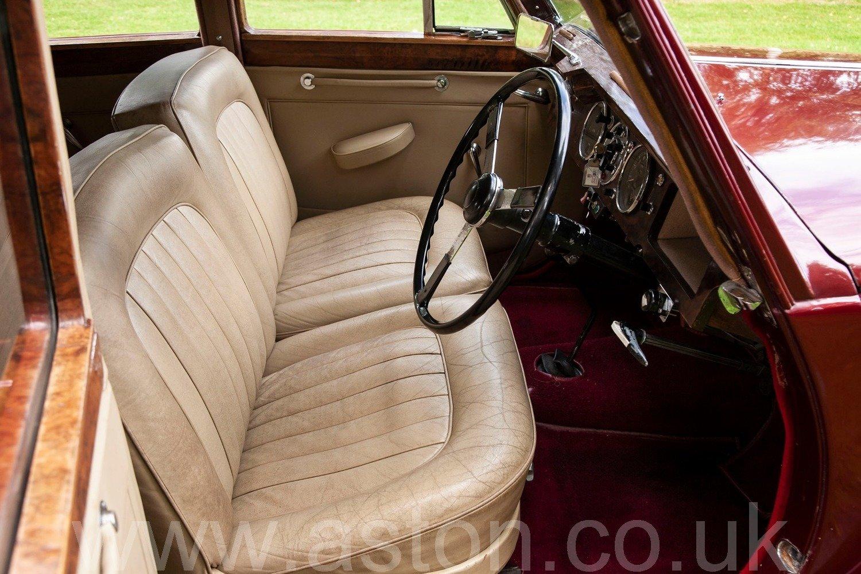 1952 Lagonda 2.6 4 Door Saloon For Sale (picture 3 of 6)