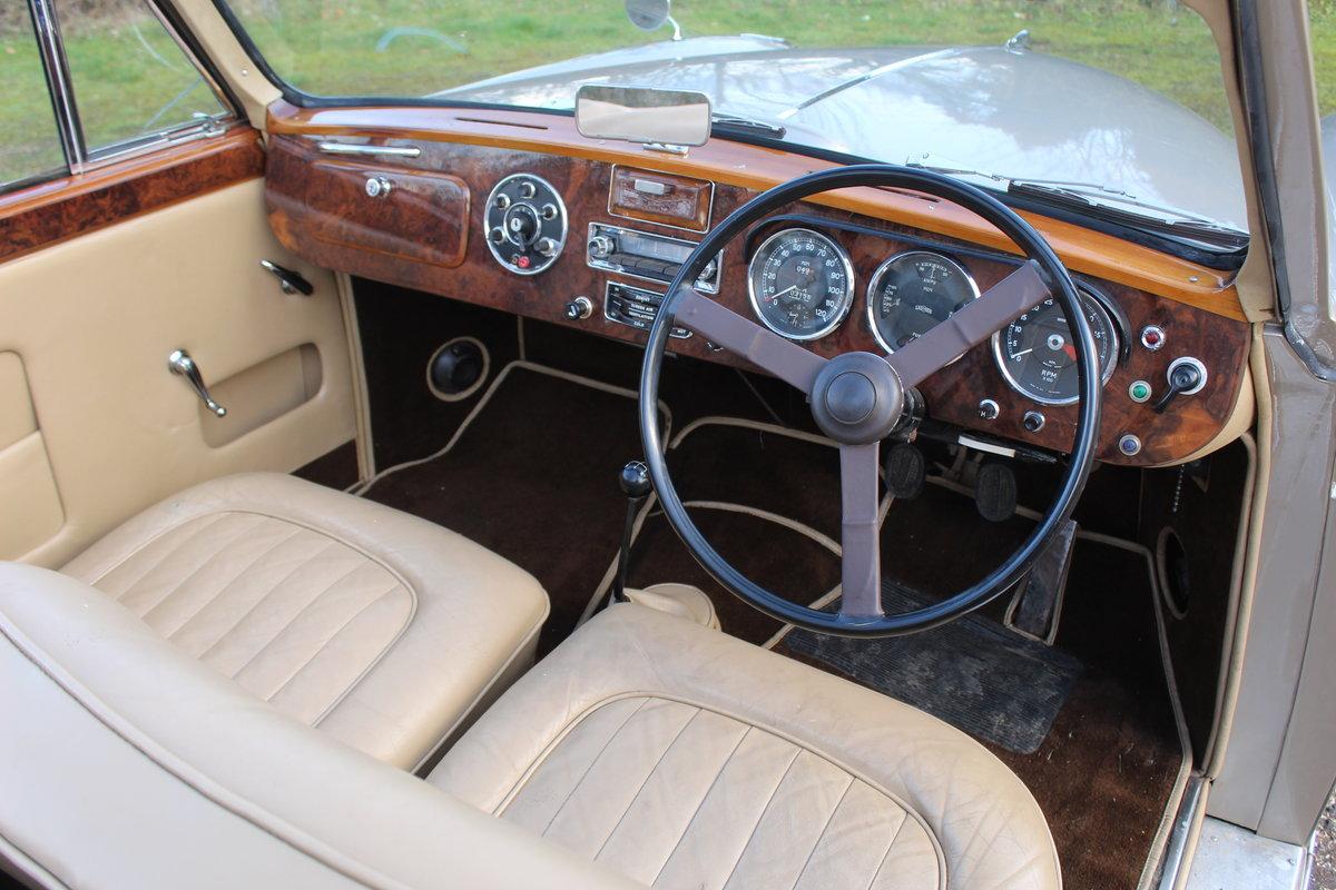 1954 Lagonda 3 Ltr Drophead Coupe For Sale (picture 4 of 6)