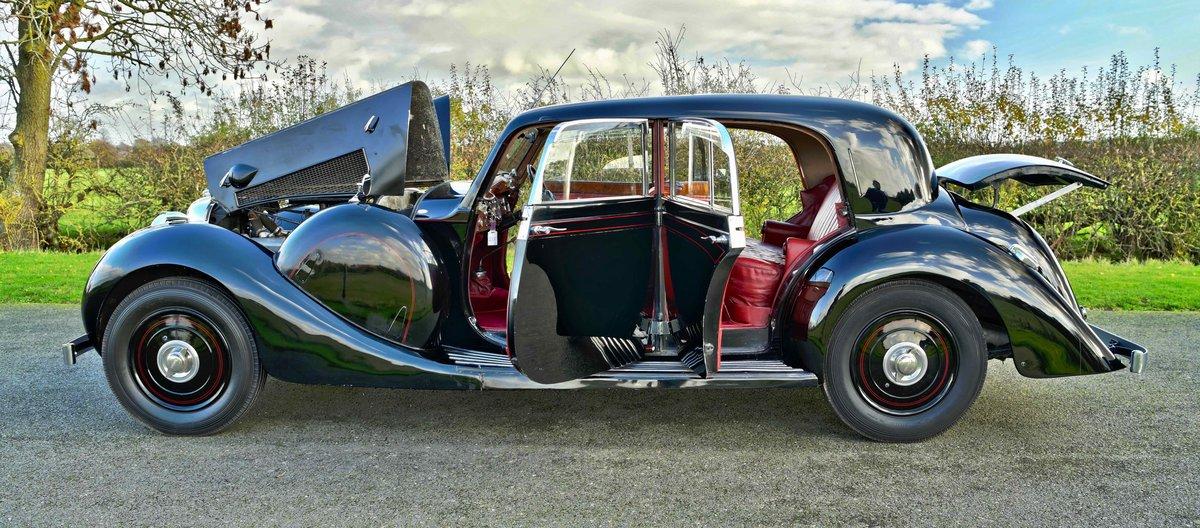 1939 LAGONDA V12 SPORTS SALOON For Sale (picture 3 of 3)