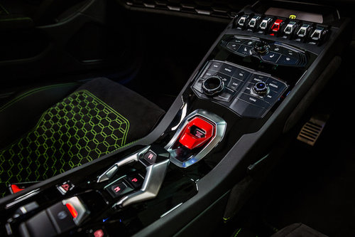 2018 Hire a Lamborghini Huracan Spyder For Hire (picture 3 of 6)