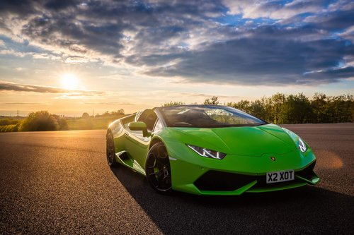 2018 Hire a Lamborghini Huracan Spyder For Hire (picture 5 of 6)