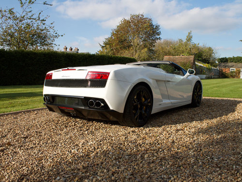 2011 Lamborghini Gallardo LP560-4 Spyder 1 owner from new FLSH For Sale (picture 3 of 6)
