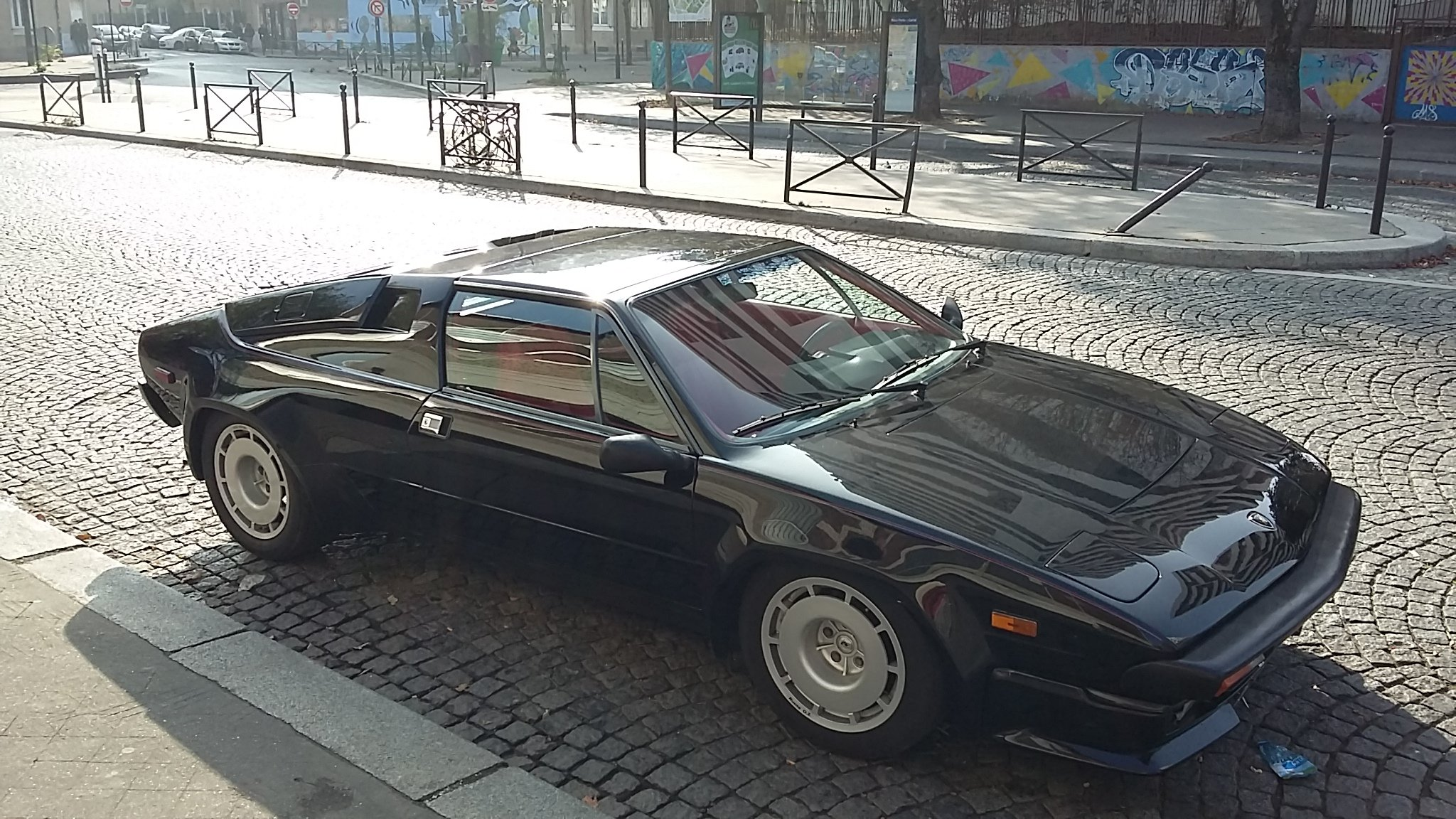 1984 The top-gun V8 Lambo, only 300 LHD Euro [TOO LATE] For Sale (picture 1 of 6)