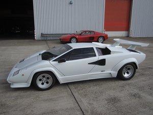1988.5 Lamborghini Countach
