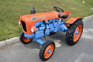 1966 Lamborghini 1 R Tractor = Manual Air-cooled 2-Cylinder
