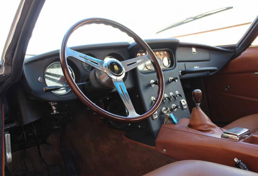 1967 Lamborghini 400GT 2+2 For Sale In London (LHD) For Sale (picture 8 of 12)