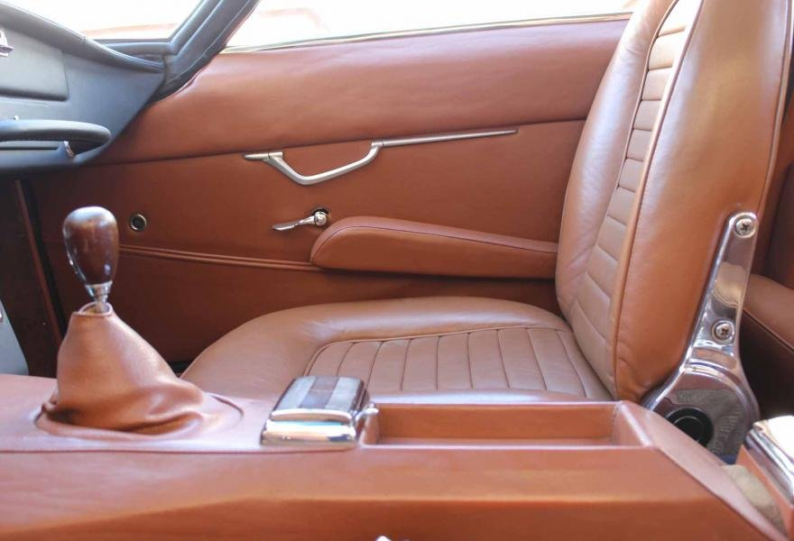 1967 Lamborghini 400GT 2+2 For Sale In London (LHD) For Sale (picture 10 of 12)