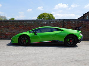 2018 Lamborghini Huracan LP640-4 Performante LDF For Sale