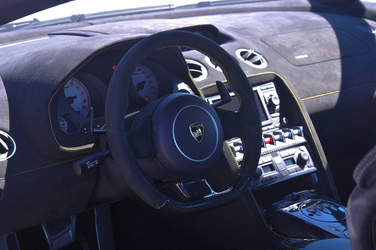 2011 Lamborghini Gallardo LP570-4 Superleggera For Sale (picture 5 of 6)