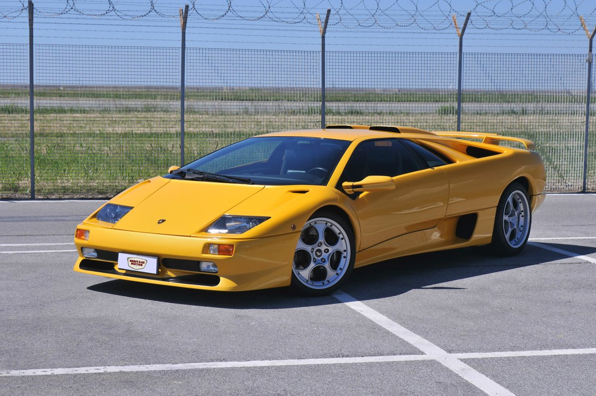 1995 Lamborghini Diablo VT (SV) For Sale (picture 1 of 6)