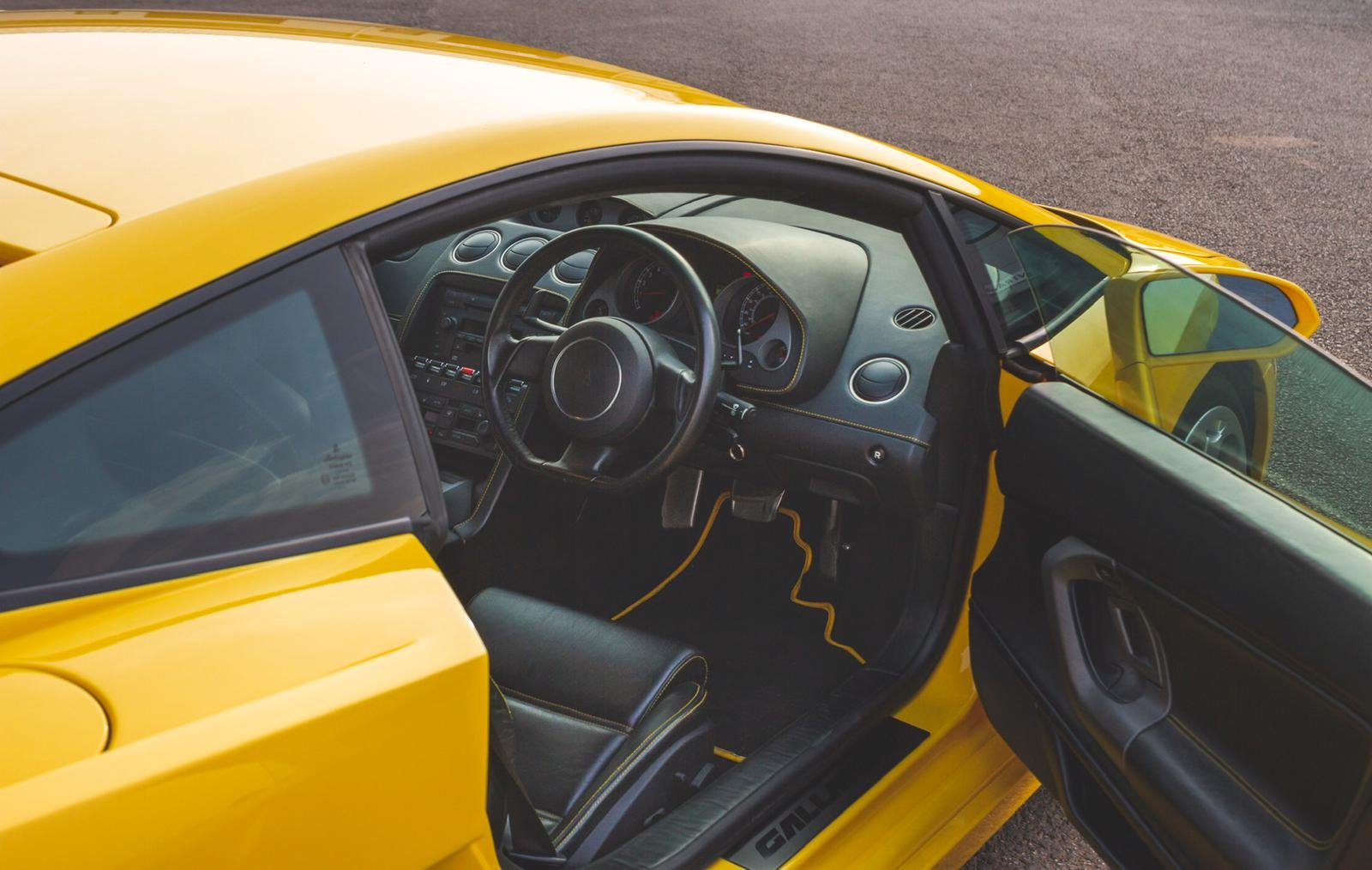 2004 Lamborghini Gallardo Pearl Yellow (E Gear) SOLD (picture 4 of 6)