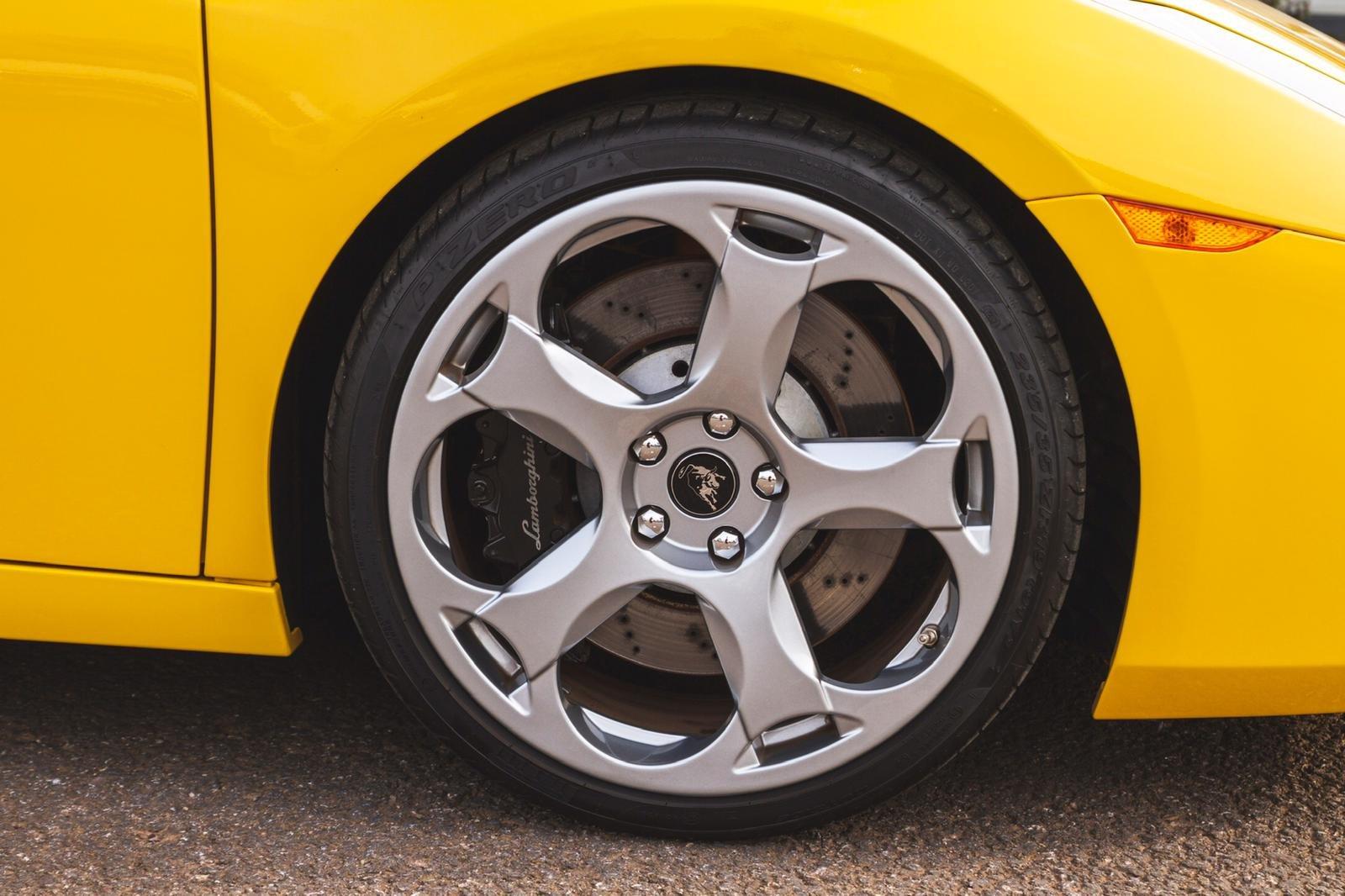 2004 Lamborghini Gallardo Pearl Yellow (E Gear) SOLD (picture 5 of 6)