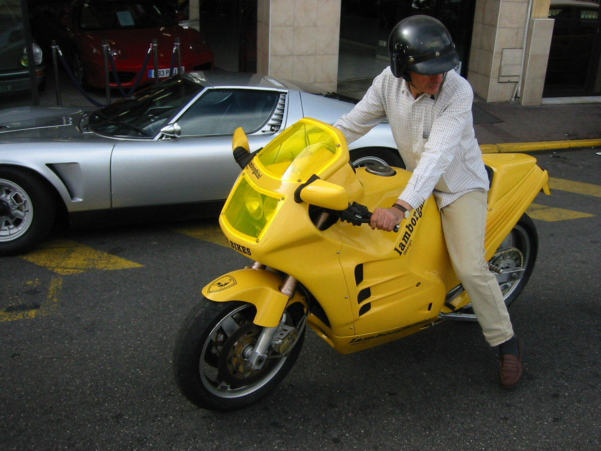 1986 Ultra-rare Classic Motorbike For Sale (picture 4 of 6)