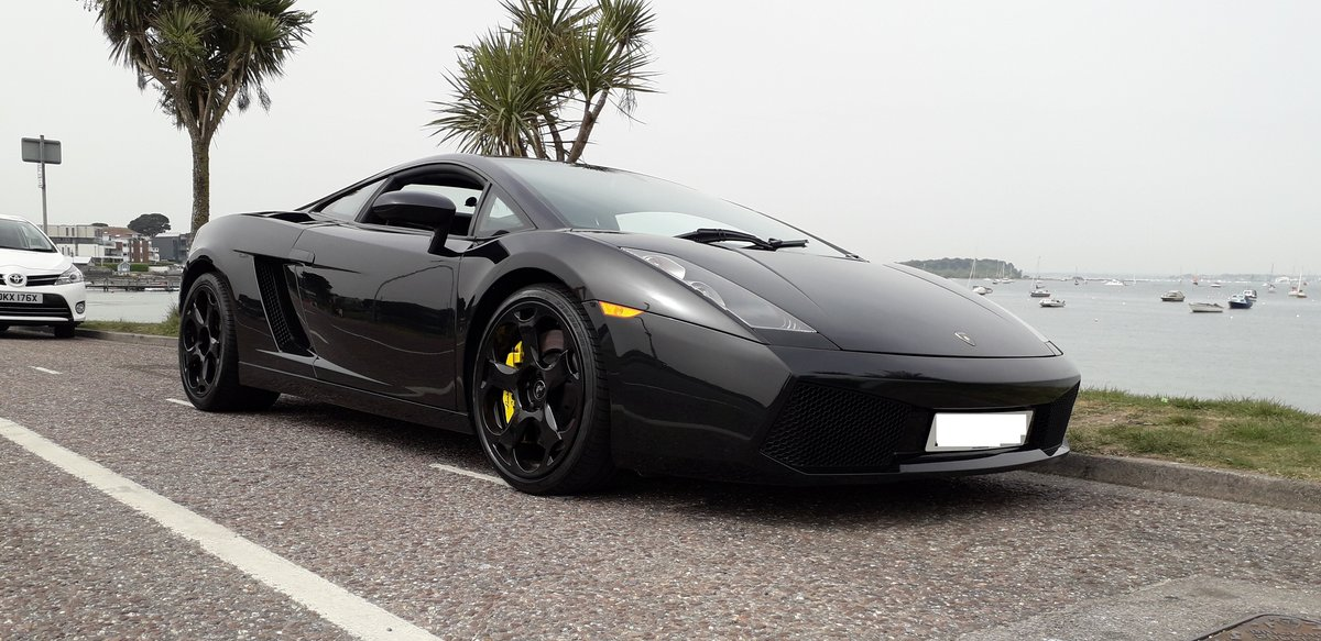 2004 Lamborghini gallardo    ,6 speed manual          For Sale (picture 1 of 6)