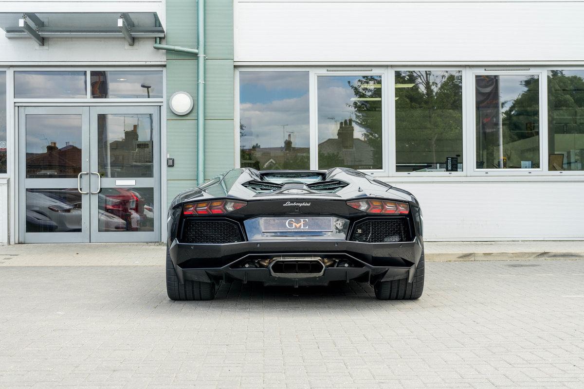 Lamborghini Aventador LP 700-4 Roadster 2014 For Sale (picture 2 of 6)