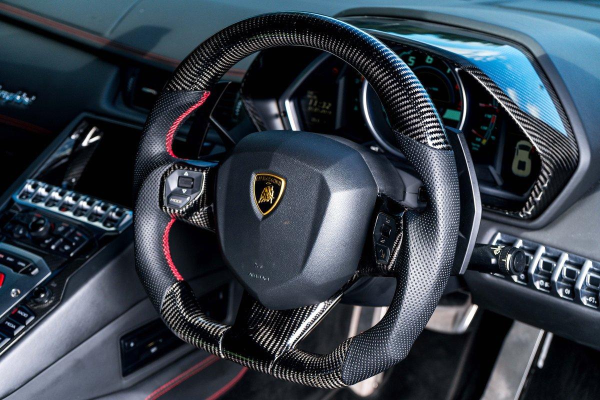 2015 Lamborghini Aventador For Sale (picture 5 of 6)