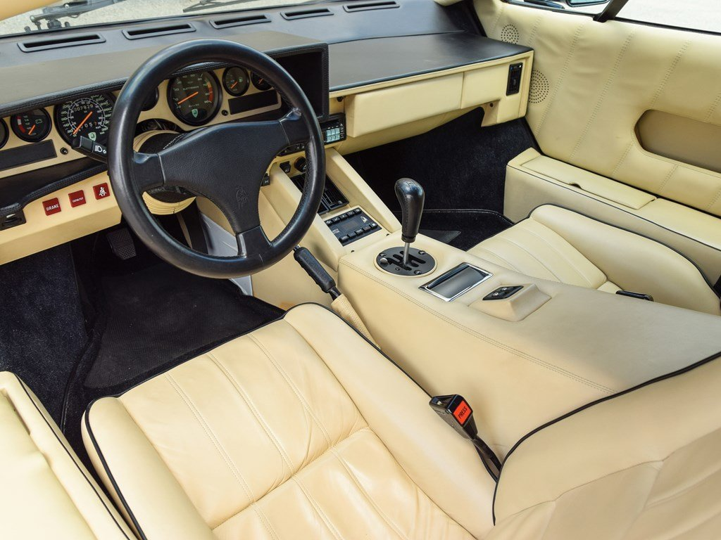 1989 Lamborghini Countach 25th Anniversary Edition  For Sale by Auction (picture 4 of 6)