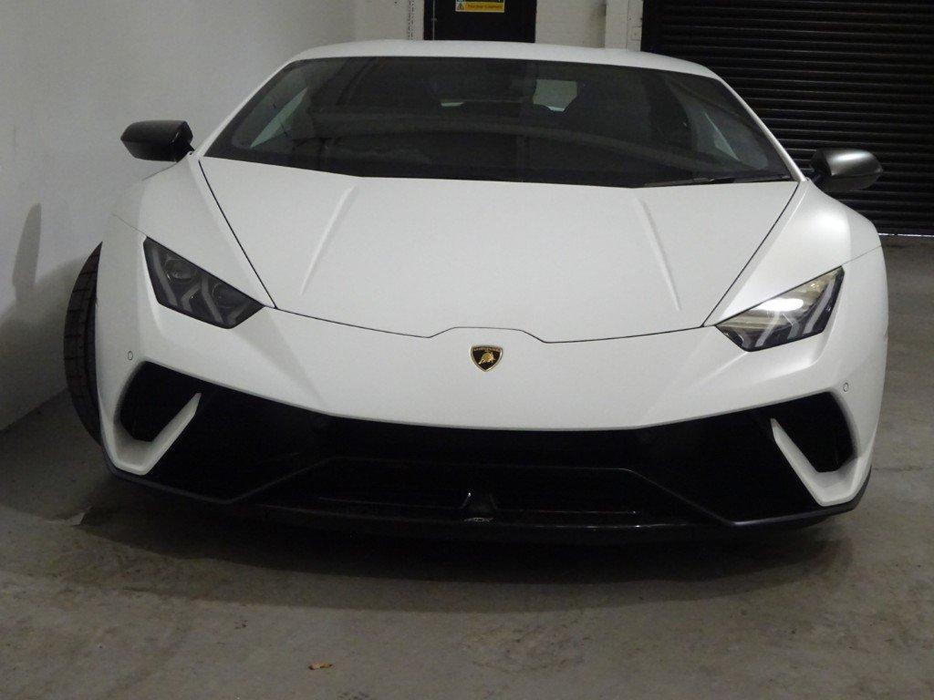 2018 Lamborghini Huracan - 5.2L LP 640-4 PERFORMANTE For Sale (picture 2 of 6)