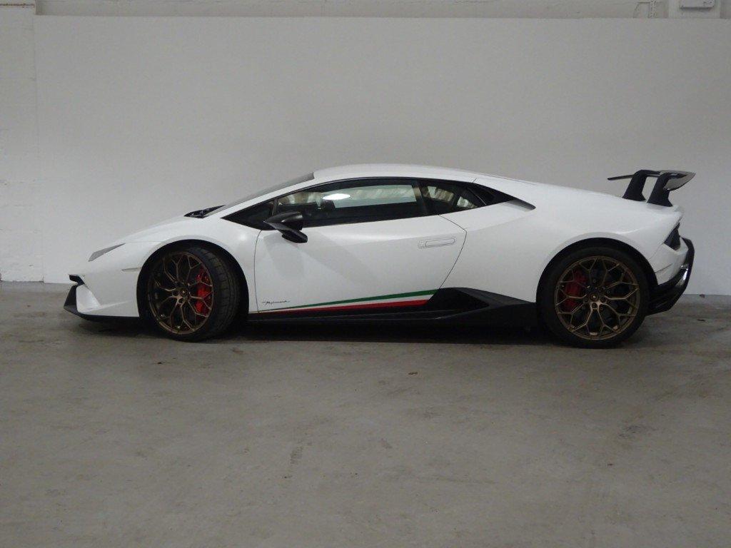 2018 Lamborghini Huracan - 5.2L LP 640-4 PERFORMANTE For Sale (picture 3 of 6)