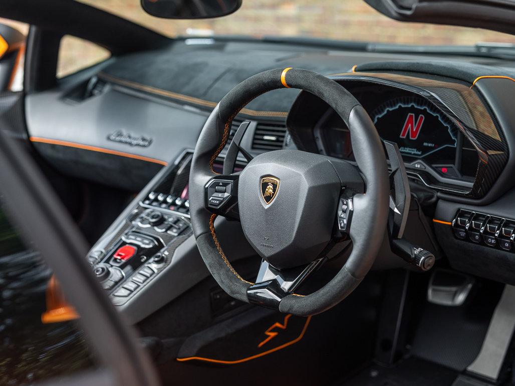 2016 Lamborghini Aventador LP 750-4 SV Roadster For Sale (picture 4 of 24)