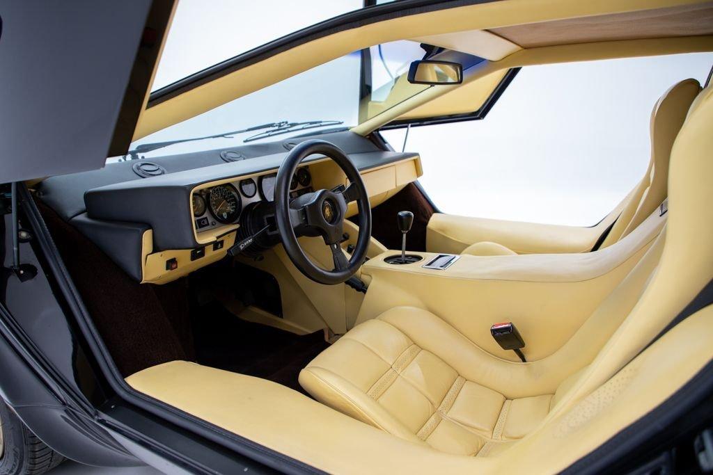 1984 Lamborghini Countach Coupe Euro-spe Black(~)Tan $349.5k For Sale (picture 3 of 6)
