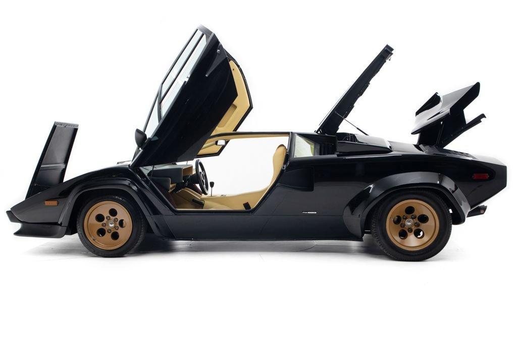 1984 Lamborghini Countach Coupe Euro-spe Black(~)Tan $349.5k For Sale (picture 5 of 6)