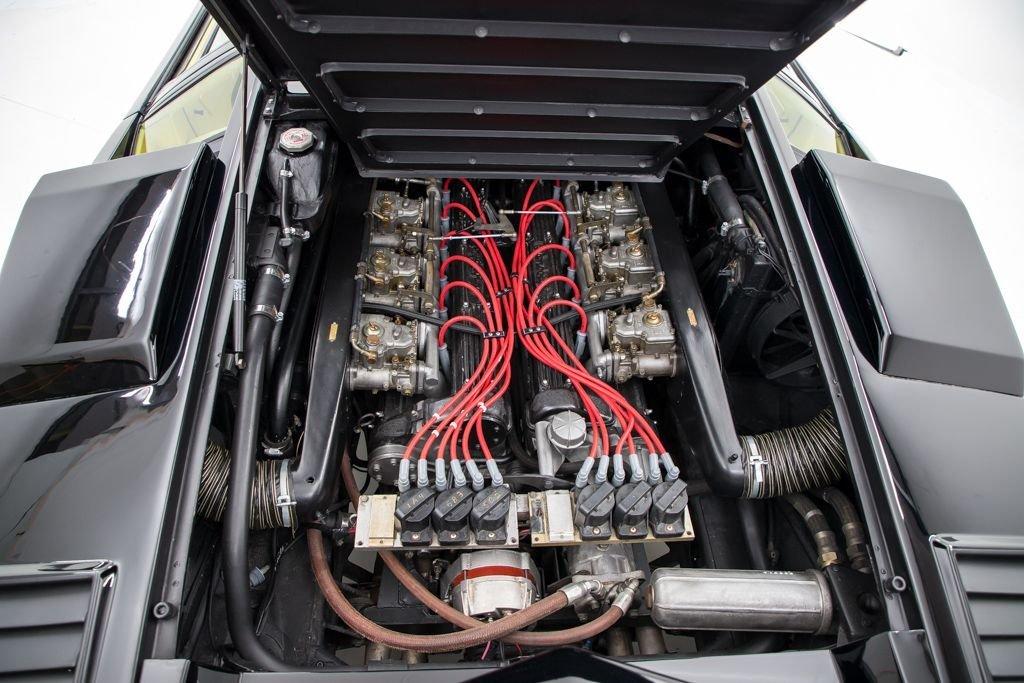 1984 Lamborghini Countach Coupe Euro-spe Black(~)Tan $349.5k For Sale (picture 6 of 6)