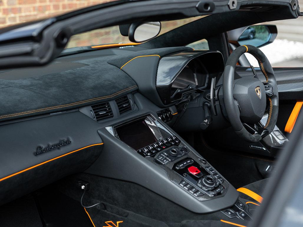 2016 Lamborghini Aventador LP 750-4 SV Roadster For Sale (picture 10 of 24)