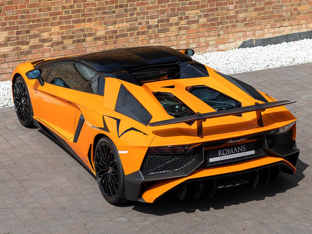 2016 Lamborghini Aventador LP 750-4 SV Roadster For Sale (picture 23 of 24)