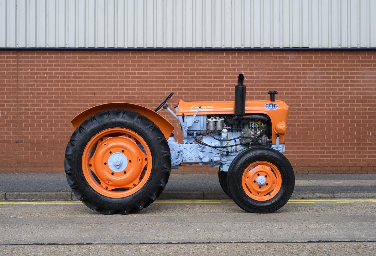 1964 Lamborghini 2R Tractor For Sale In London For Sale (picture 4 of 22)