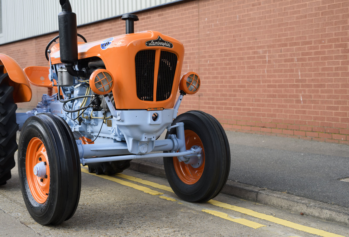 1964 Lamborghini 2R Tractor For Sale In London For Sale (picture 10 of 22)