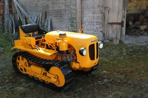 VERY RARE,1956 LAMBORGHINI DL25C CRAWLER (CINGOLATO) For Sale